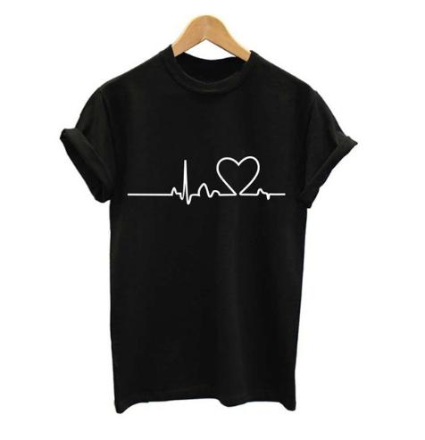 camiseta corazon negra